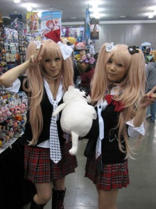 Cute twin cosplay