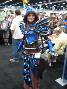 An amazing elf (possibly dark elf) from WoW cosplay